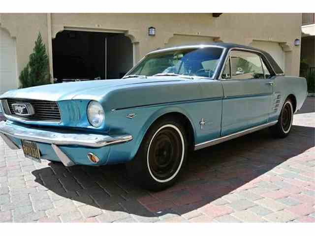Picture of 1966 Ford Mustang - MUJE