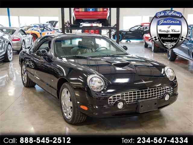 Picture of 2002 Thunderbird located in Salem Ohio Offered by  - MVNO