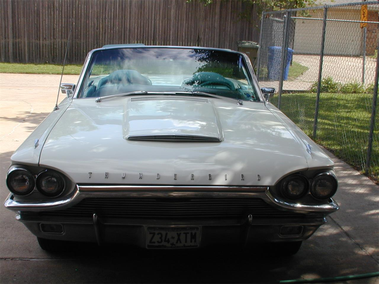 Large Picture of '64 Thunderbird - MVRG