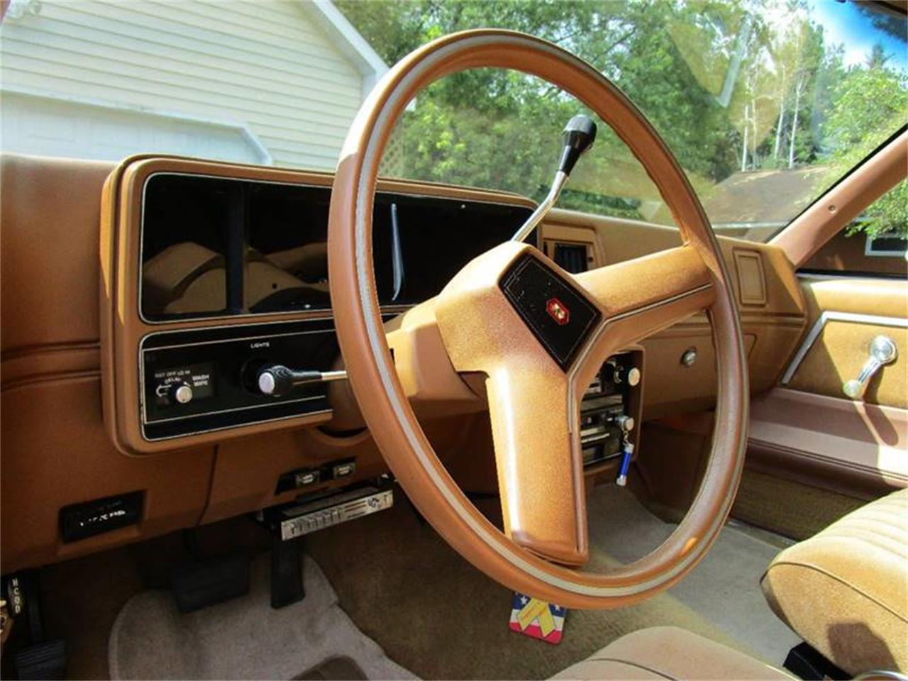 Large Picture of '79 Chevrolet Malibu Classic located in Wisconsin - $11,500.00 - MW09