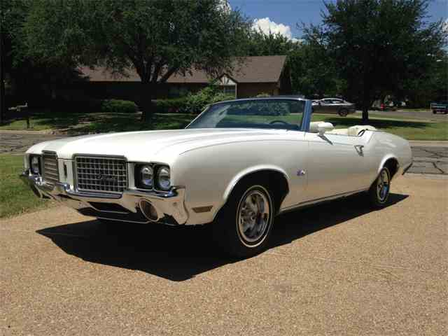 Picture of '72 Cutlass Supreme - MWB6