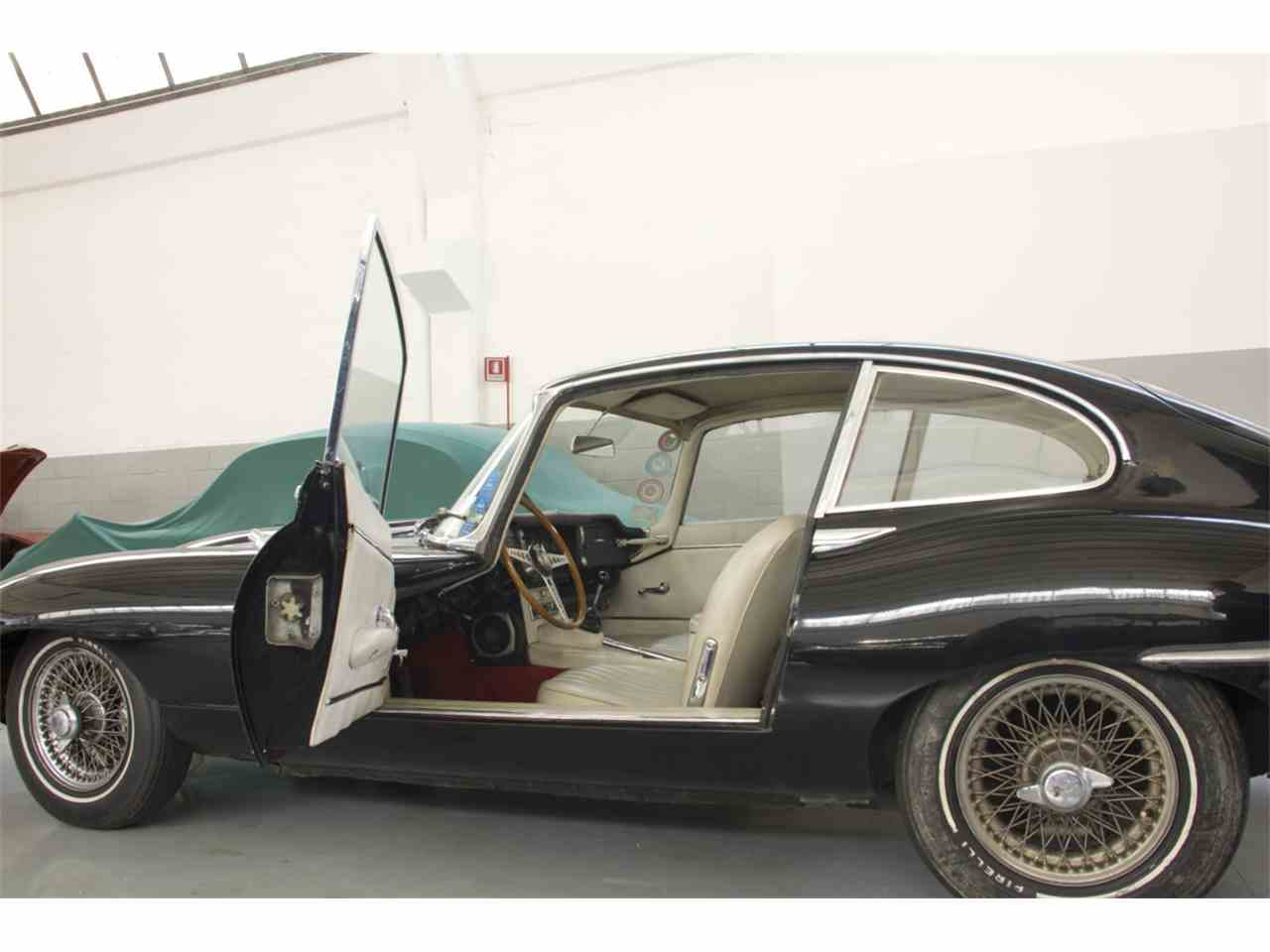 Large Picture of Classic '66 E-Type located in Italy - MWBQ