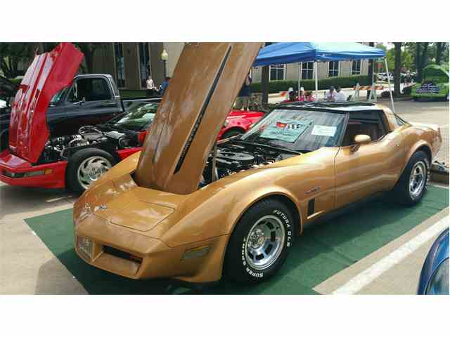 Picture of 1982 Corvette located in Crowley TEXAS - MX4E