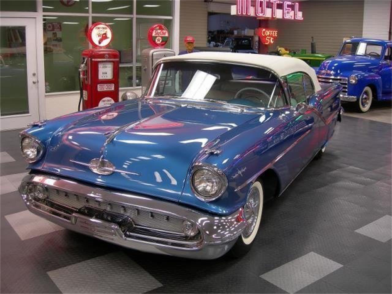 Large Picture of '57 Oldsmobile 98 located in Alabama Offered by Auto Investors - MXBM