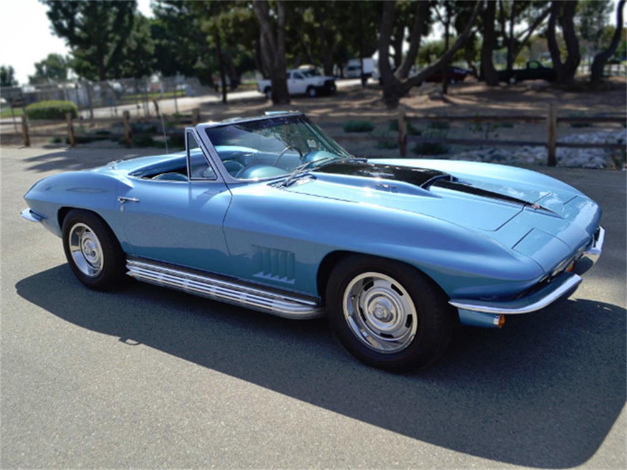 Large Picture of Classic '67 Chevrolet Corvette located in California - MQNE