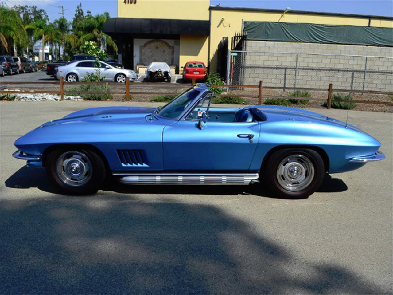 Large Picture of 1967 Corvette Offered by Corvette Mike - MQNE