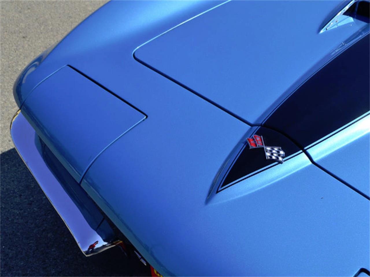 Large Picture of 1967 Corvette located in Anaheim California - MQNE