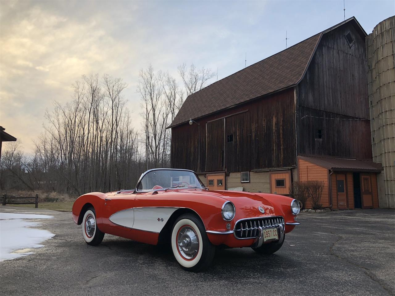 Large Picture of Classic '57 Chevrolet Corvette Auction Vehicle - MYHK