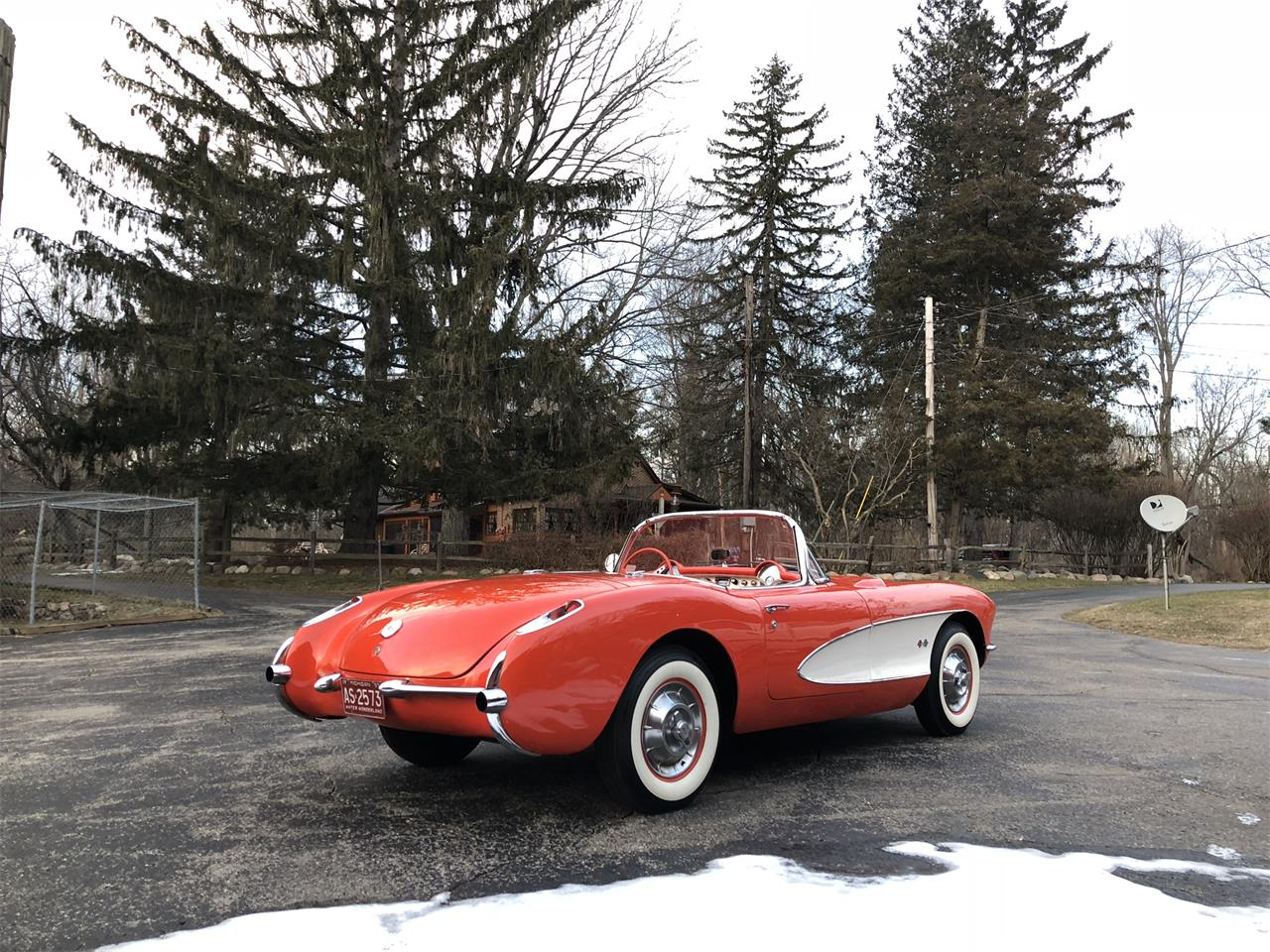 Large Picture of '57 Chevrolet Corvette located in Kokomo Indiana Auction Vehicle Offered by Earlywine Auctions - MYHK