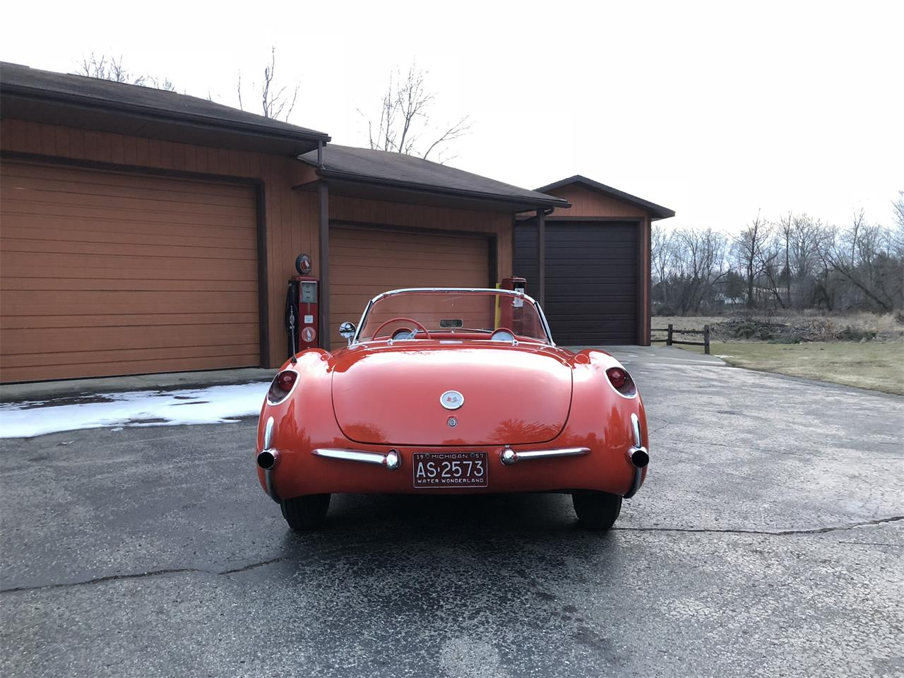 Large Picture of '57 Corvette Offered by Earlywine Auctions - MYHK