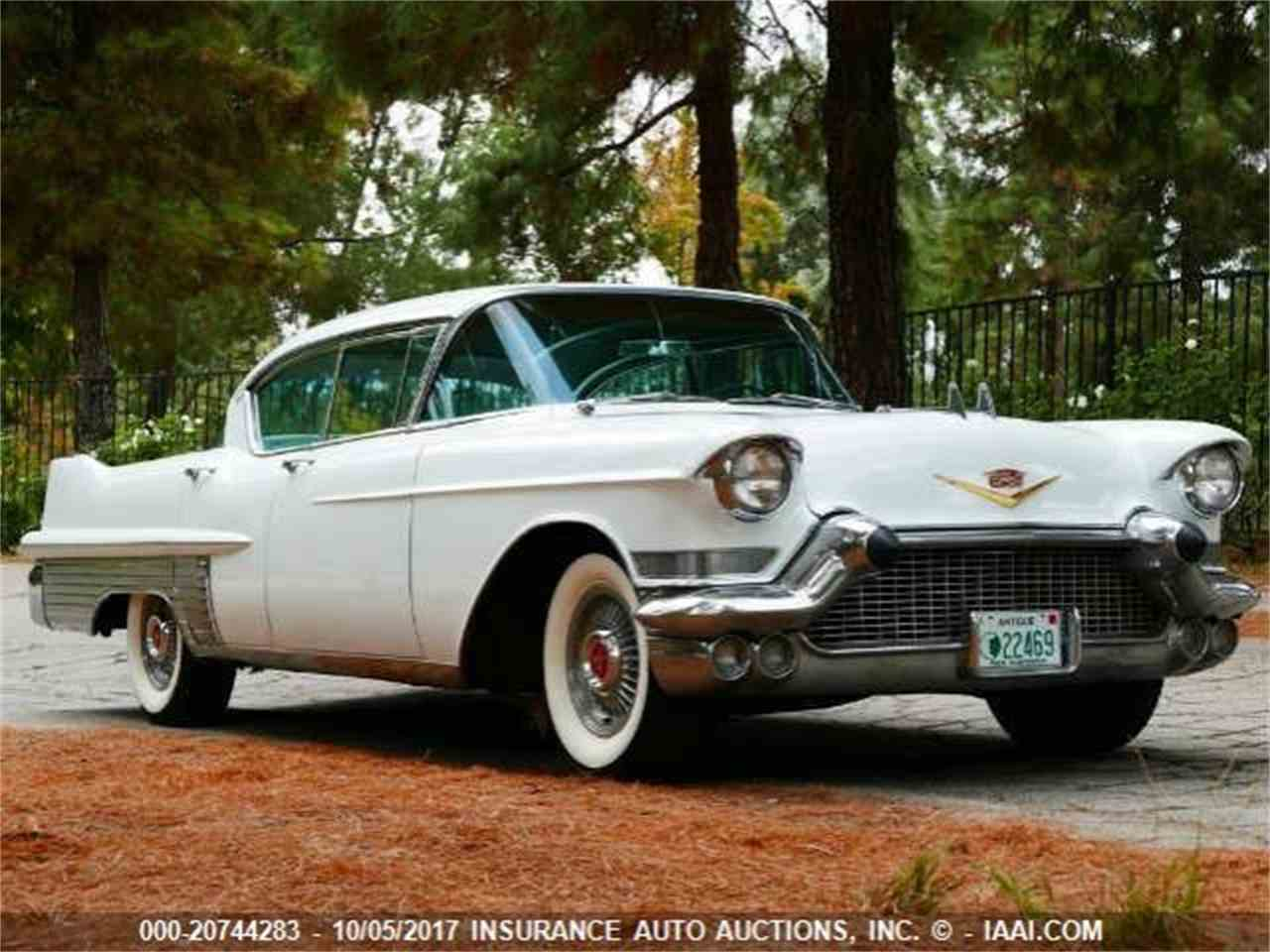 Large Picture of '57 Fleetwood - MYK2