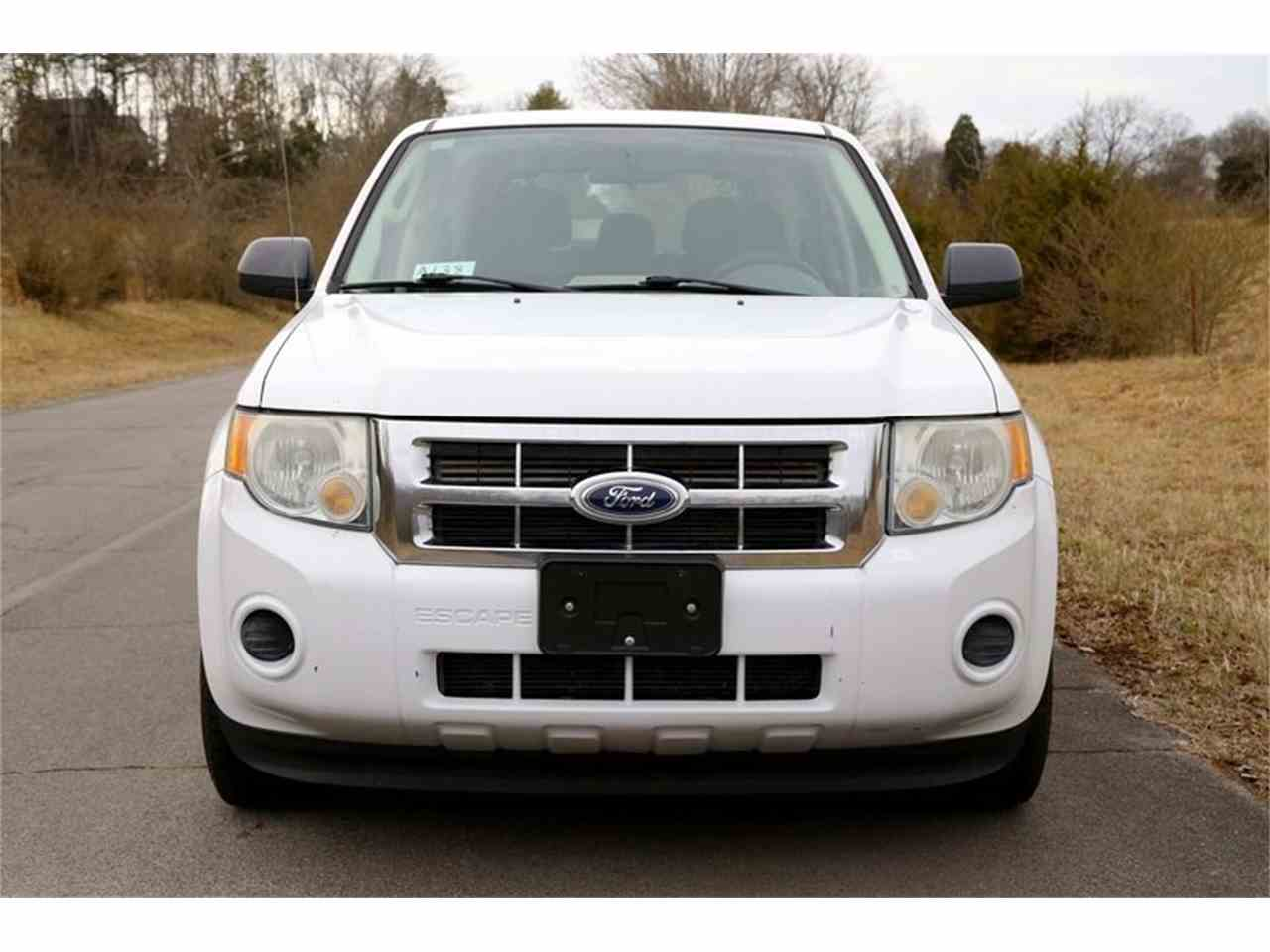 Large Picture of 2010 Escape - $3,950.00 Offered by Smoky Mountain Traders - MYZ9