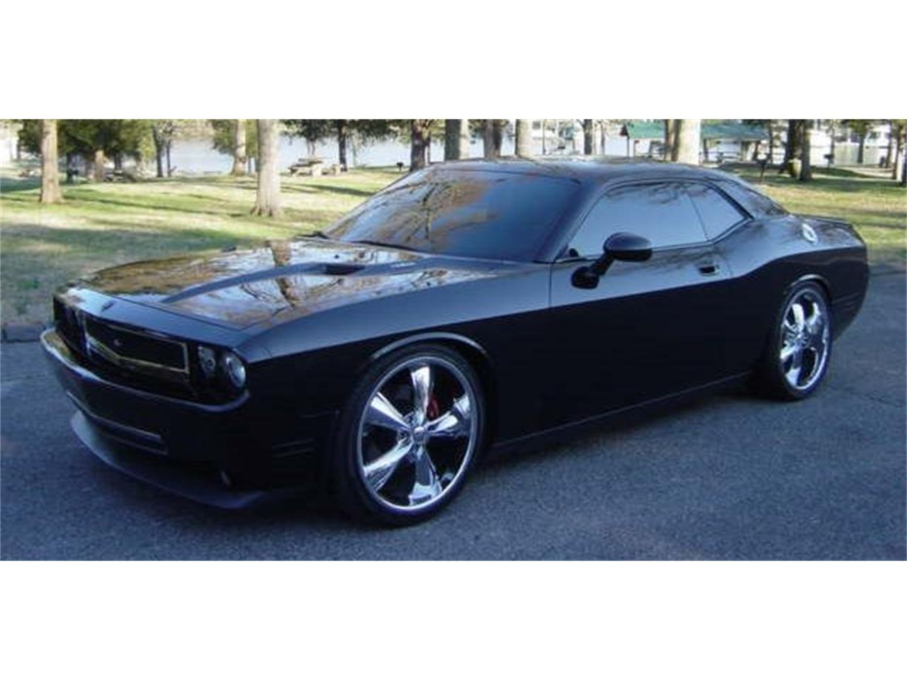 Large Picture of '09 Dodge Challenger R/T - $24,900.00 Offered by Maple Motors - MZ23