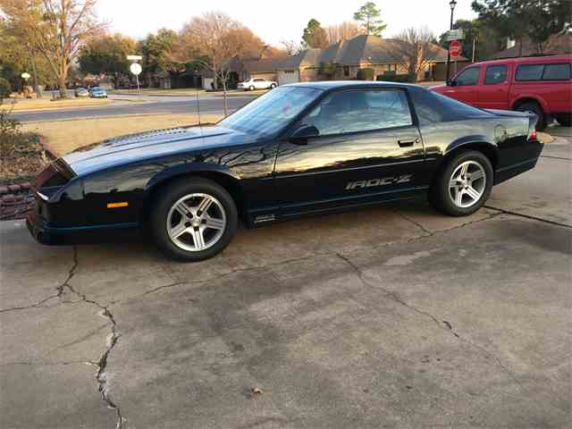 Picture of '89 Camaro IROC Z28 - MZ5V