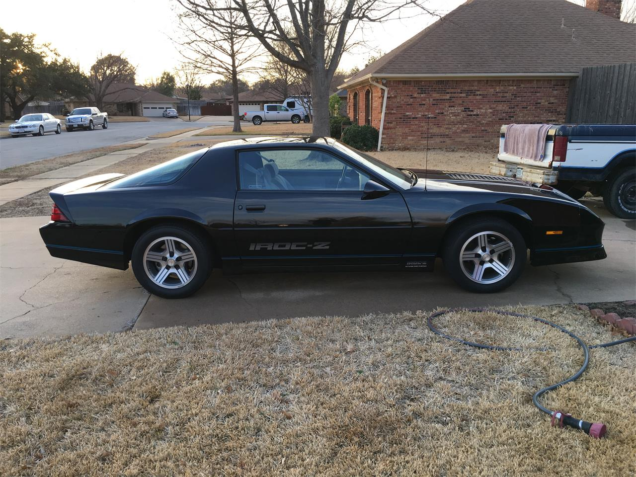 Large Picture of 1989 Chevrolet Camaro IROC Z28 - $25,000.00 Offered by a Private Seller - MZ5V