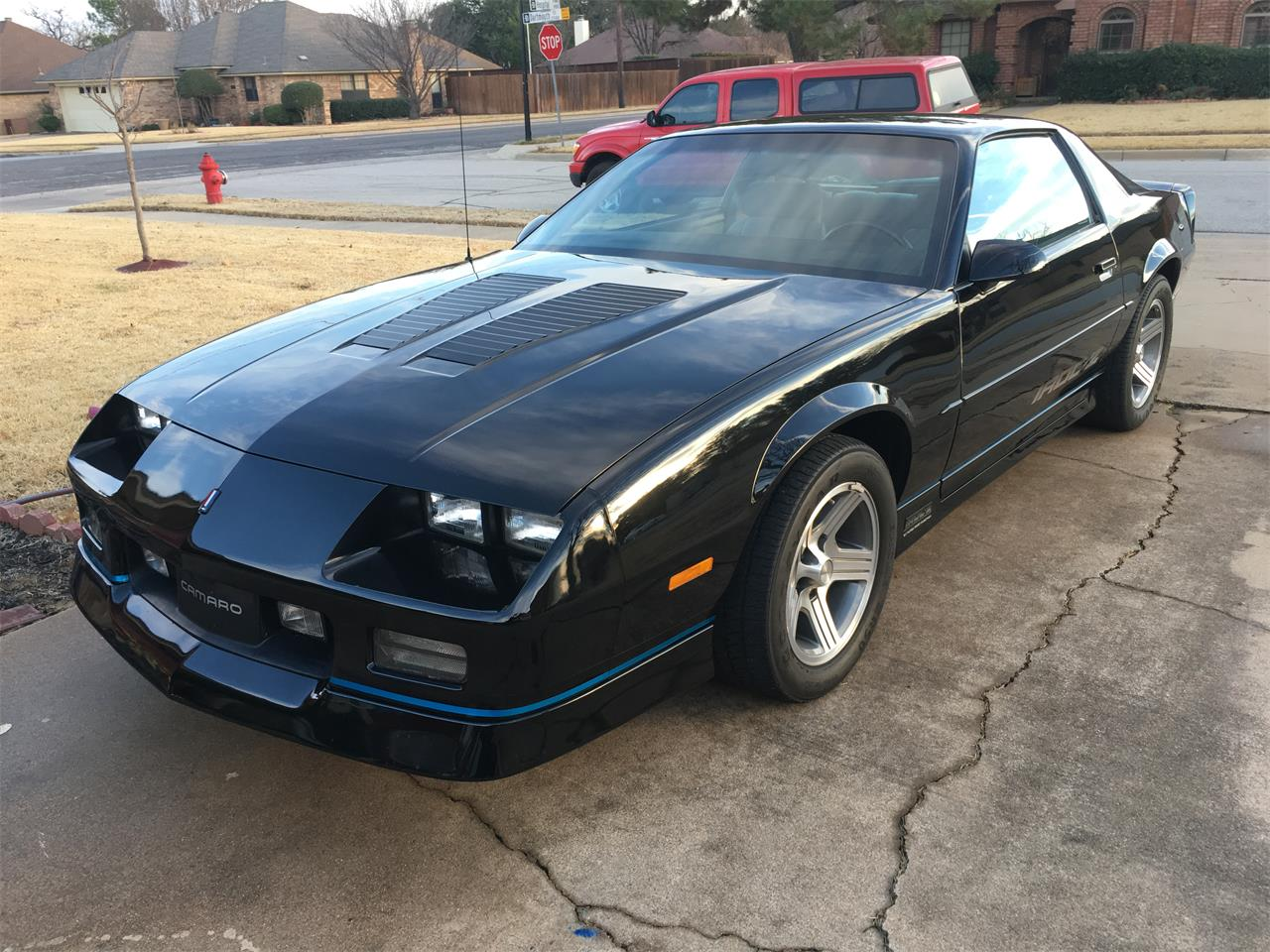 Large Picture of 1989 Chevrolet Camaro IROC Z28 located in Texas - $25,000.00 - MZ5V