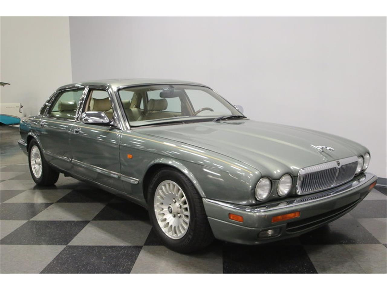 Large Picture of '96 XJ - MZ6E