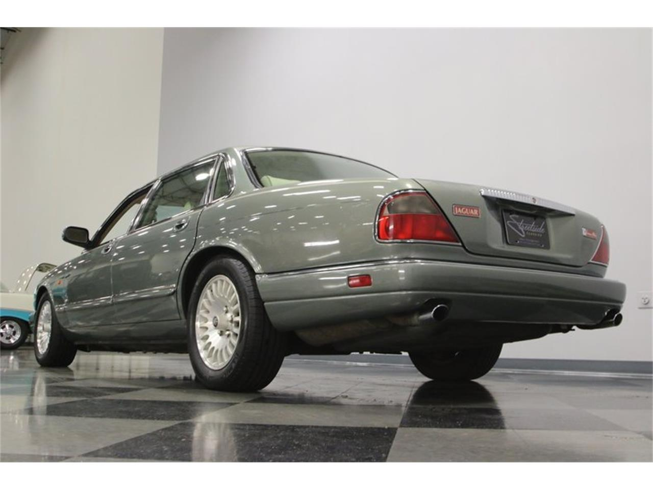 Large Picture of 1996 XJ - $13,995.00 Offered by Streetside Classics - Nashville - MZ6E