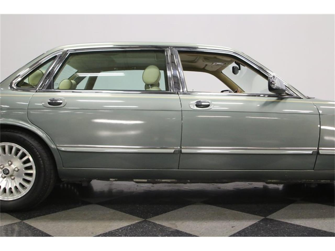 Large Picture of '96 Jaguar XJ - MZ6E