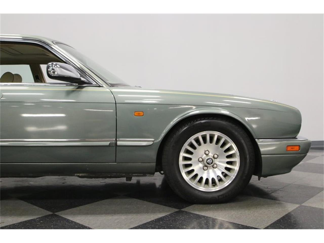 Large Picture of '96 XJ - $13,995.00 Offered by Streetside Classics - Nashville - MZ6E