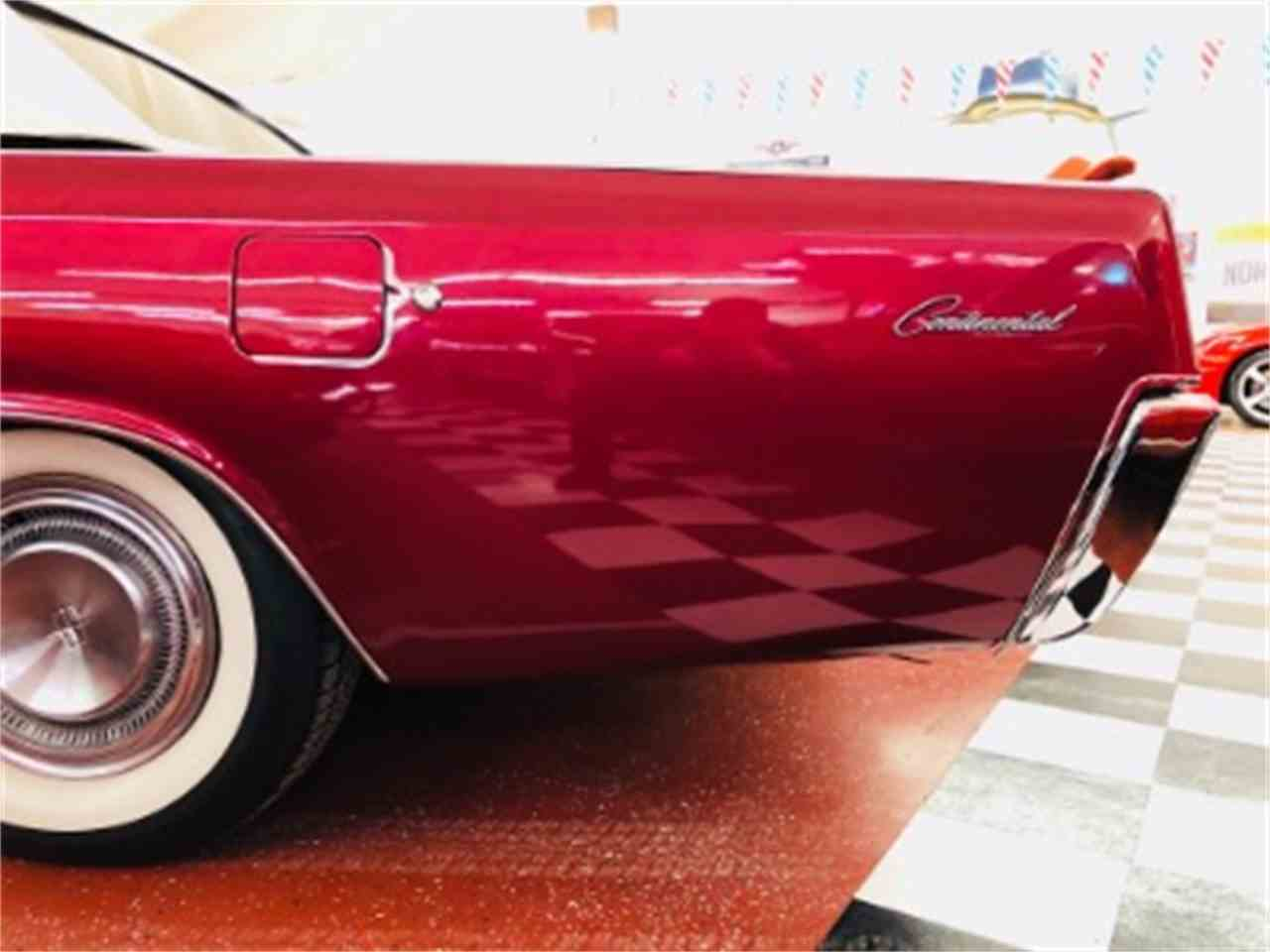 Large Picture of '67 Continental - MZ6T
