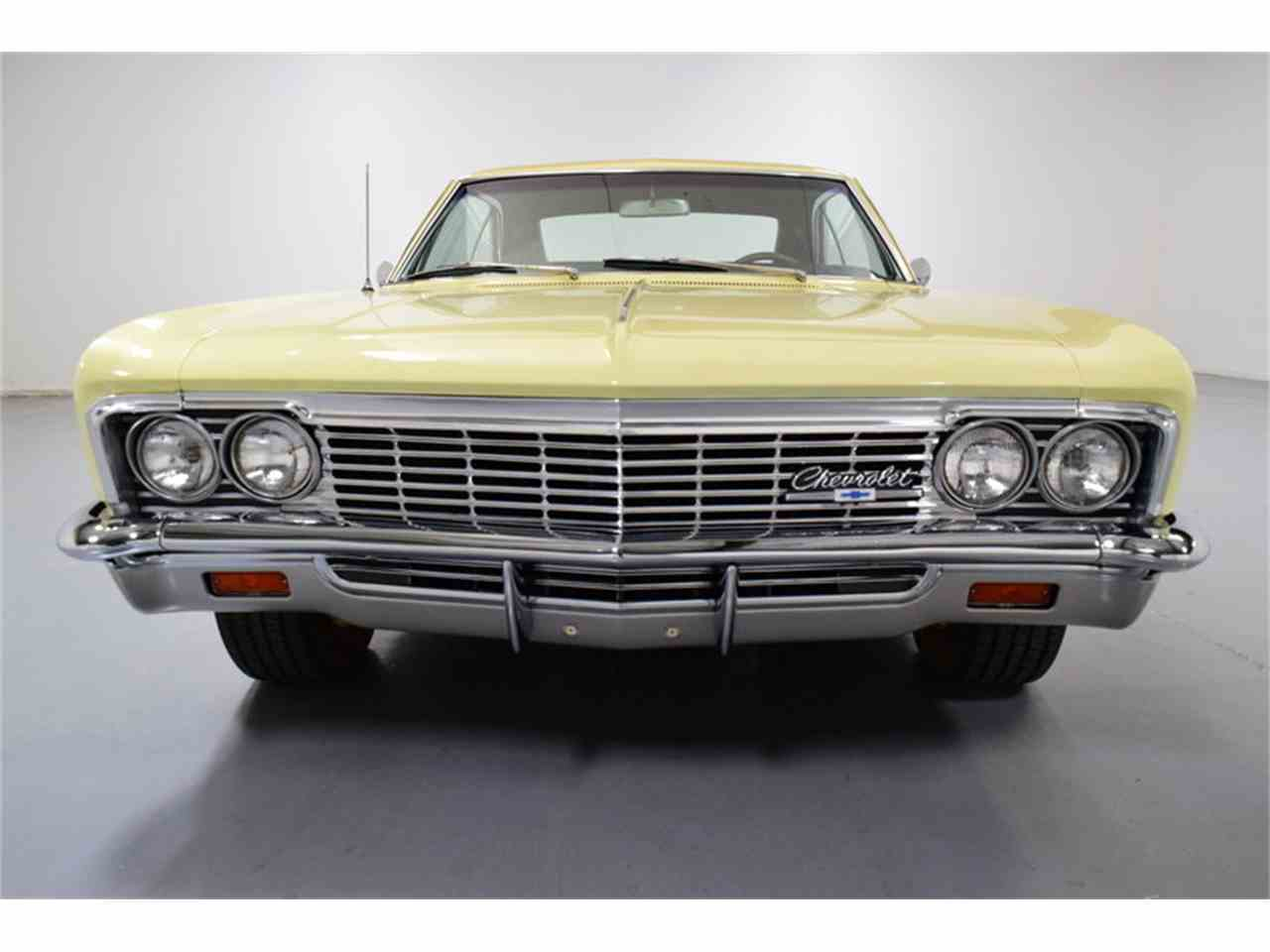 Large Picture of '66 Impala - MZ6U