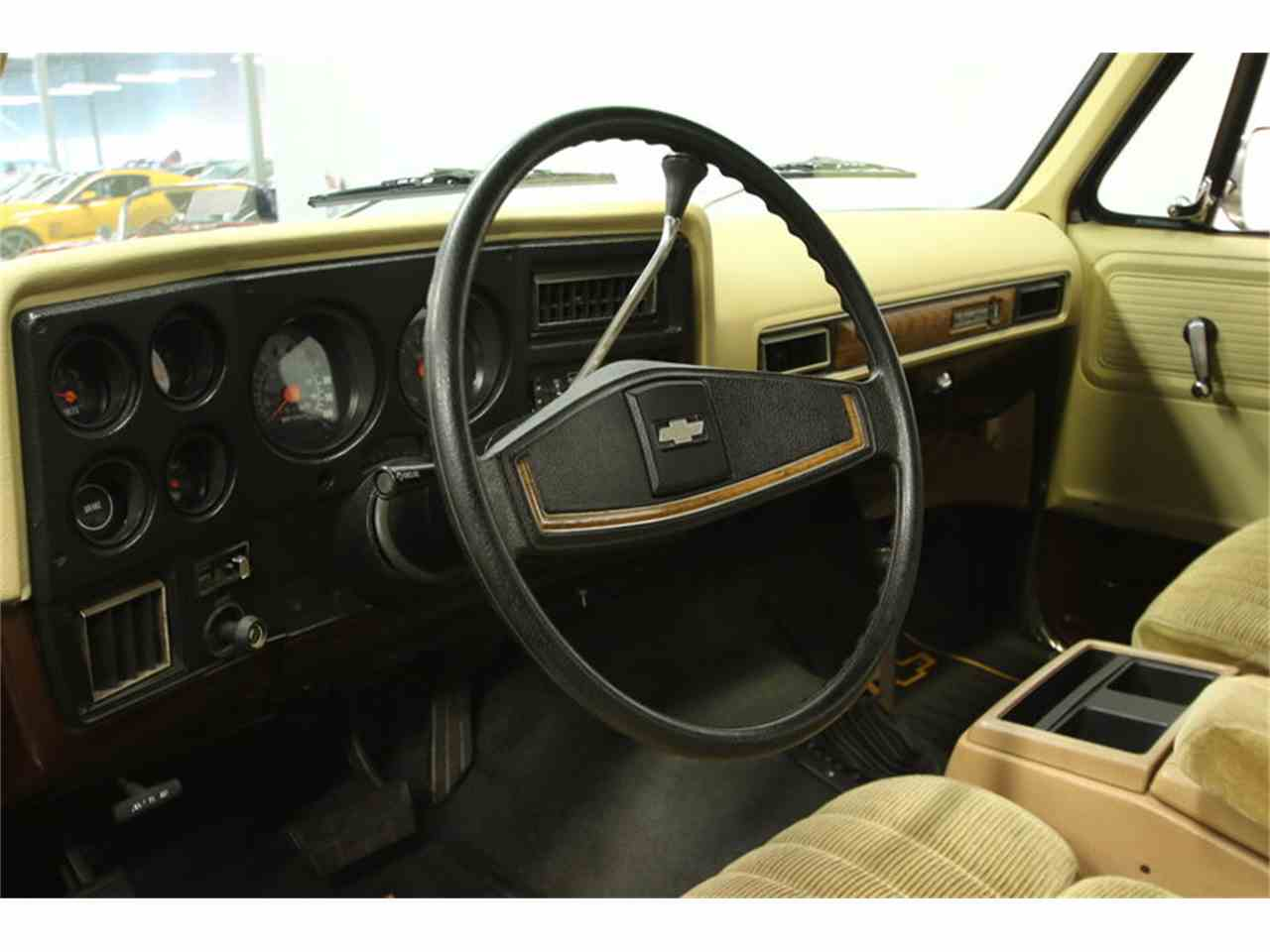 Large Picture of '77 Blazer located in Florida Offered by Streetside Classics - Tampa - MZ6X