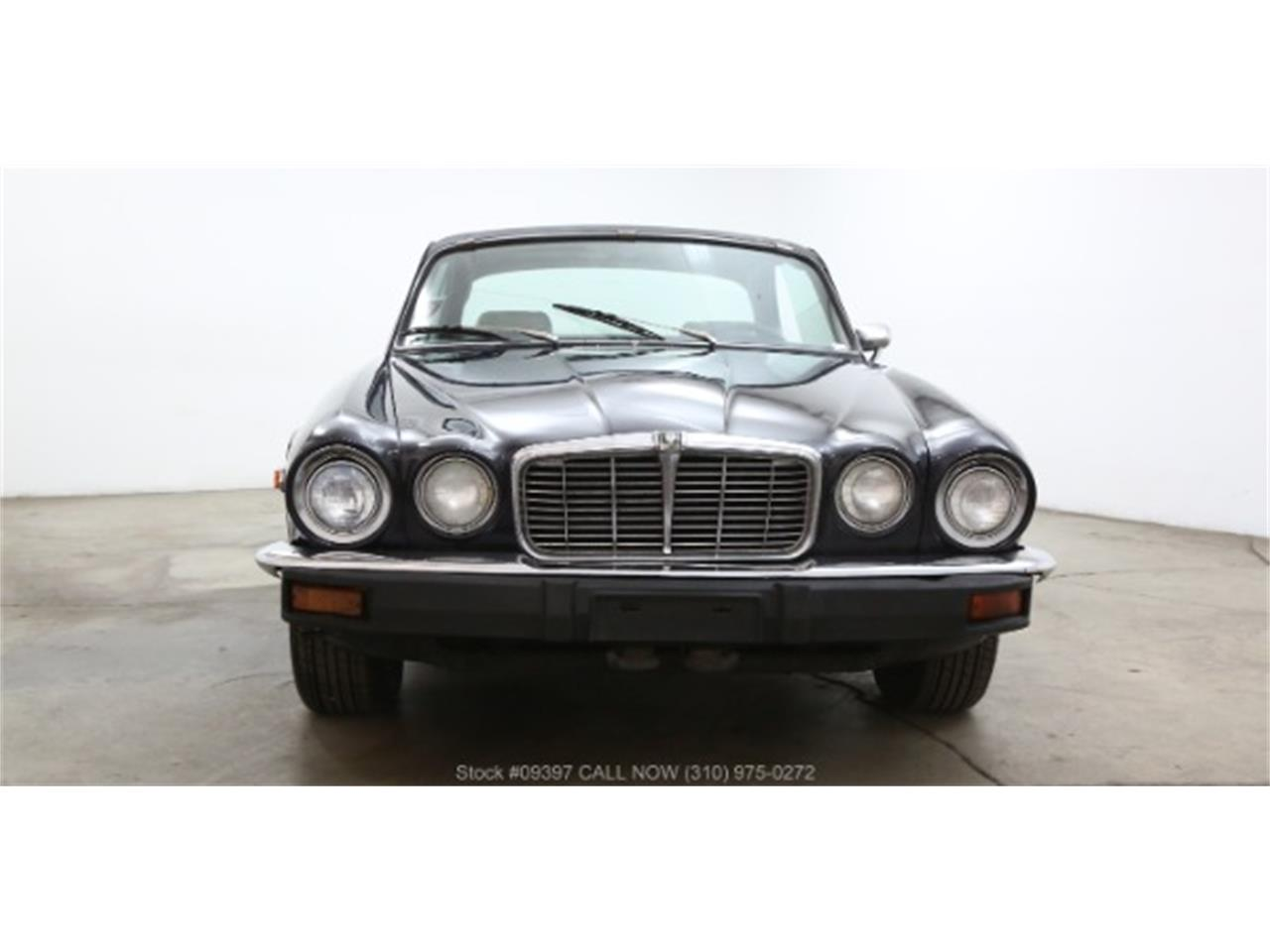 Large Picture of '75 XJ6 - MZ7R