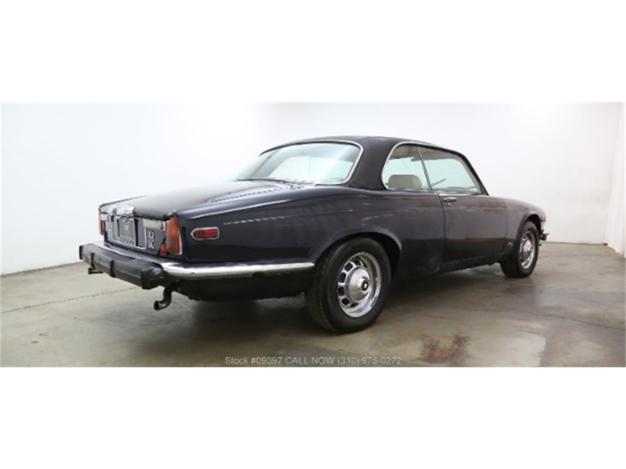 Large Picture of '75 Jaguar XJ6 located in Beverly Hills California - $10,750.00 Offered by Beverly Hills Car Club - MZ7R