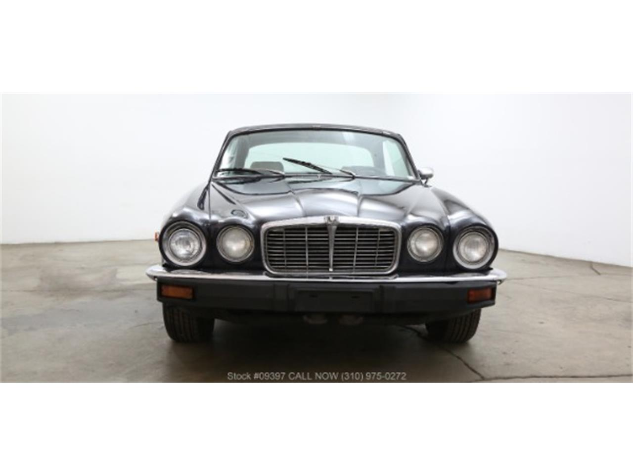 Large Picture of 1975 XJ6 located in Beverly Hills California - $10,750.00 Offered by Beverly Hills Car Club - MZ7R