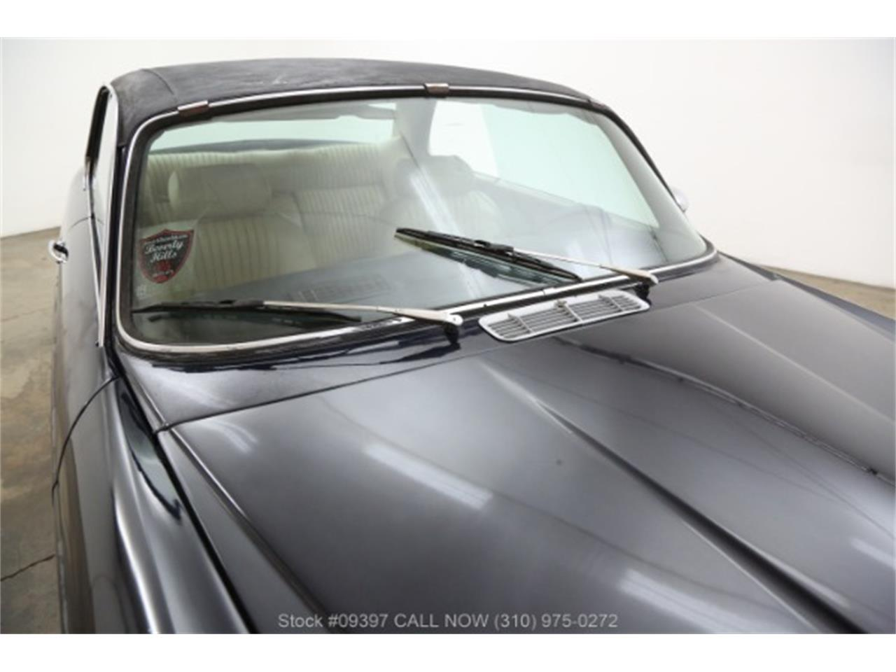 Large Picture of '75 Jaguar XJ6 - $10,750.00 Offered by Beverly Hills Car Club - MZ7R