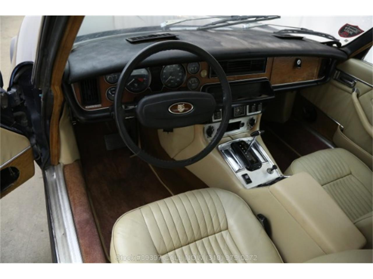 Large Picture of '75 XJ6 located in Beverly Hills California Offered by Beverly Hills Car Club - MZ7R