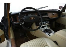 Picture of 1975 Jaguar XJ6 located in Beverly Hills California - $10,750.00 - MZ7R