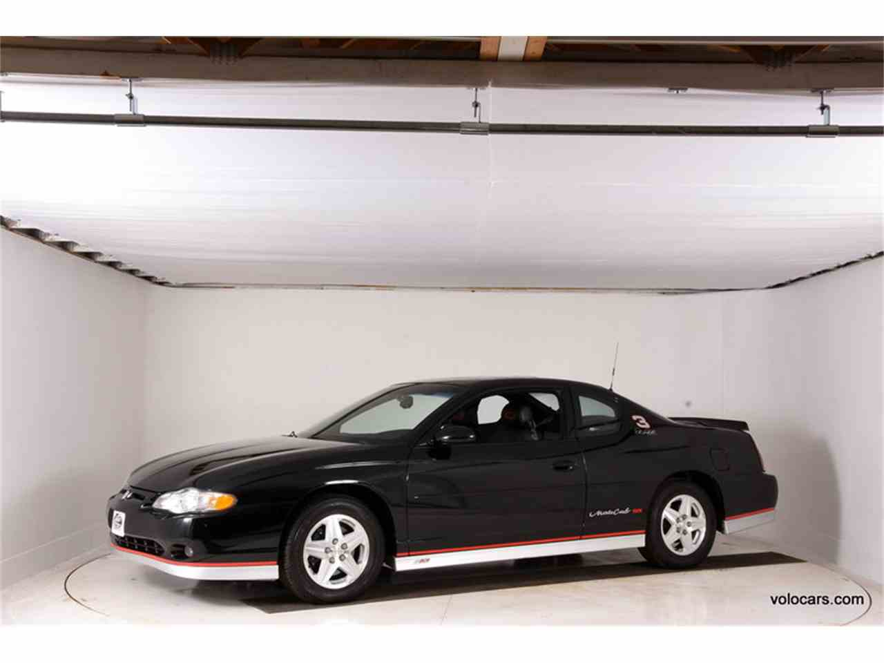 Large Picture of 2002 Chevrolet Monte Carlo SS - $21,998.00 Offered by Volo Auto Museum - MZ7T