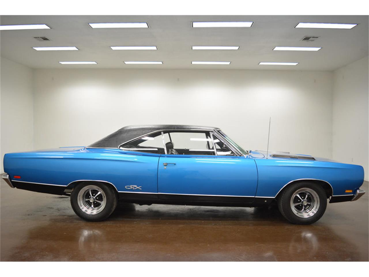 Large Picture of Classic '69 Plymouth GTX - MZ7Z