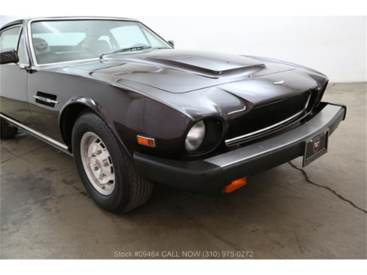 Large Picture of '82 V8 located in Beverly Hills California - MZ81