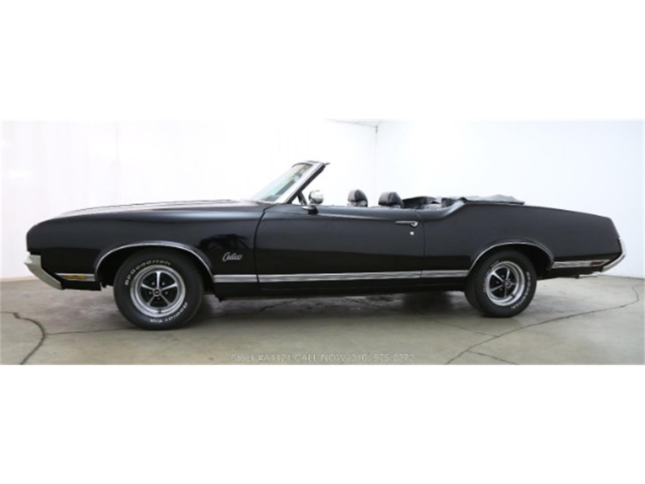 Large Picture of Classic 1970 Oldsmobile Cutlass - $21,500.00 Offered by Beverly Hills Car Club - MZ8B