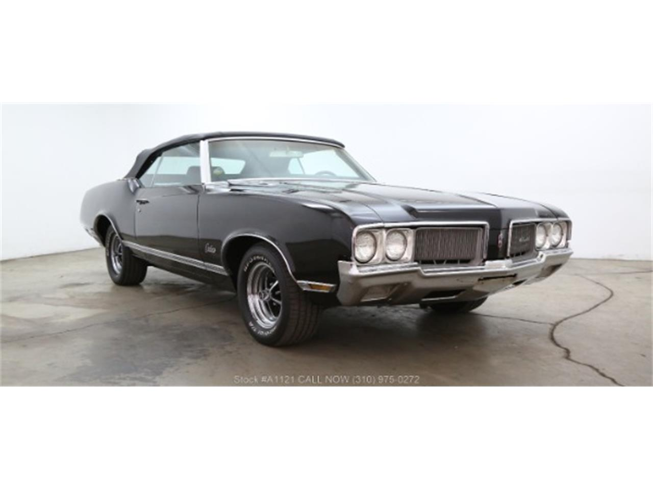 Large Picture of 1970 Cutlass located in California Offered by Beverly Hills Car Club - MZ8B