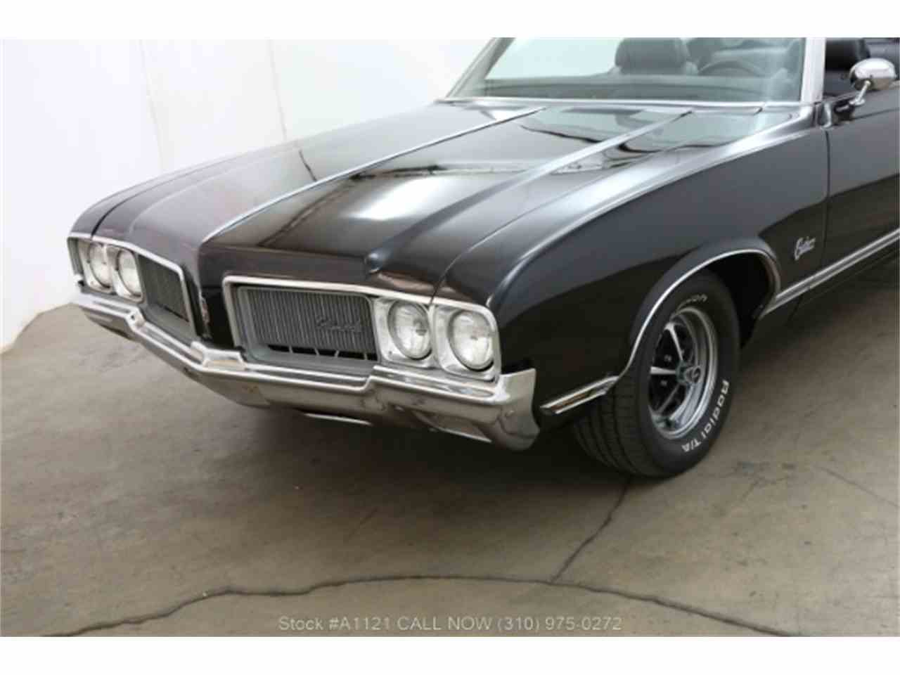 Large Picture of '70 Cutlass - MZ8B