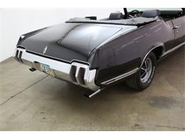 Picture of Classic 1970 Oldsmobile Cutlass - $21,500.00 Offered by Beverly Hills Car Club - MZ8B