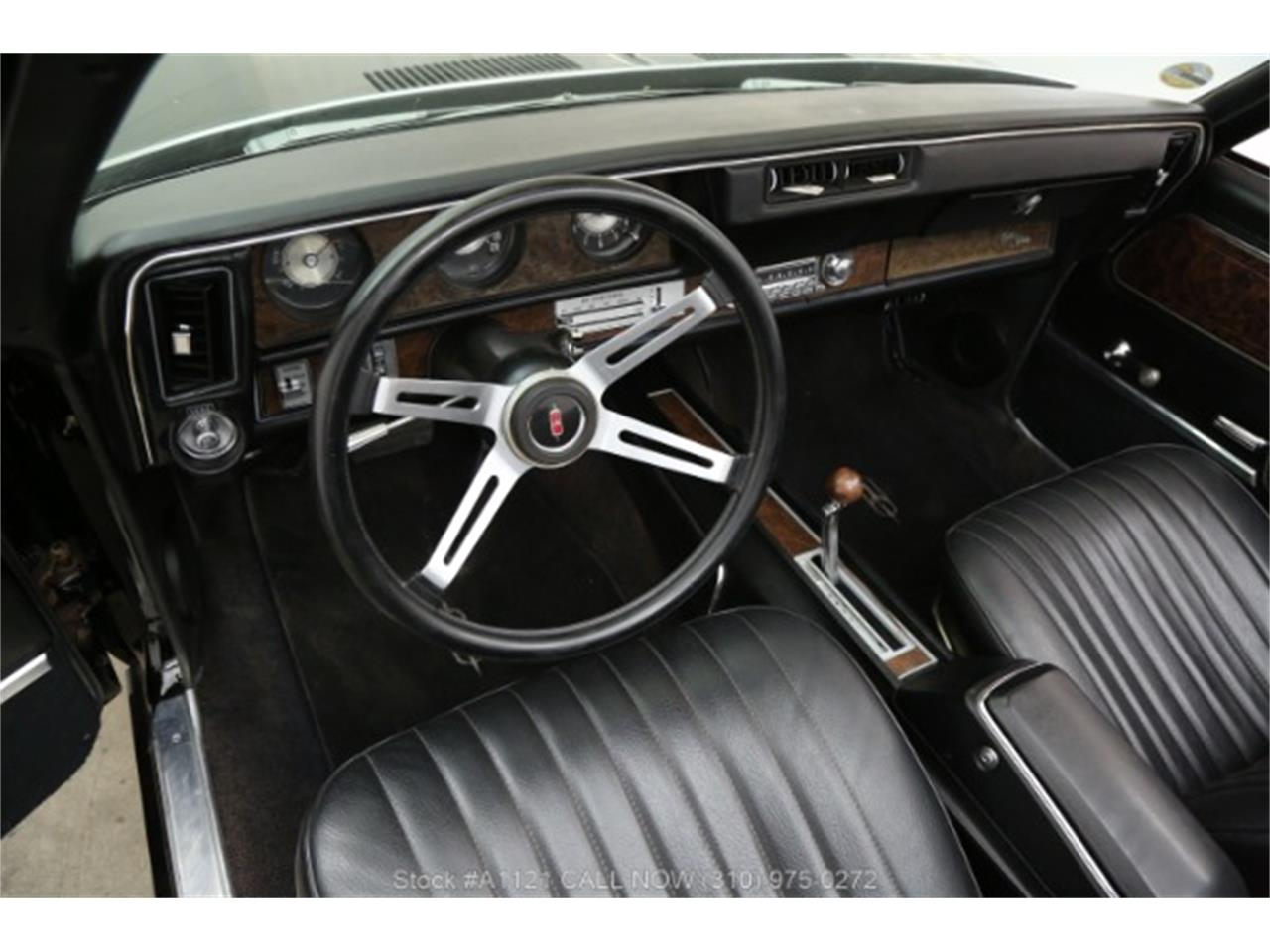 Large Picture of Classic '70 Oldsmobile Cutlass - $21,500.00 - MZ8B