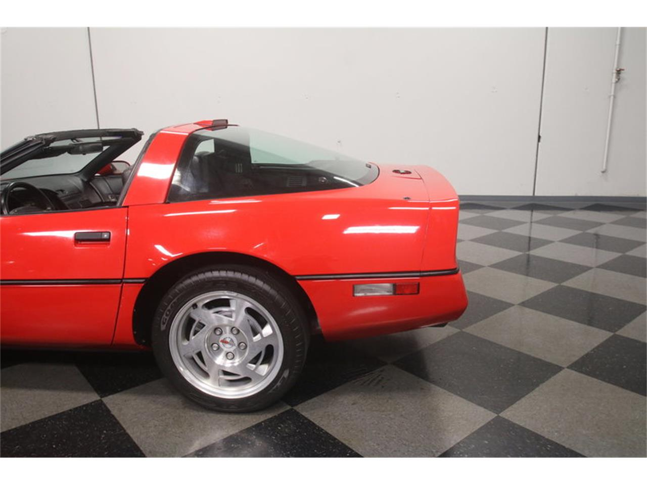 Large Picture of 1990 Chevrolet Corvette located in Lithia Springs Georgia Offered by Streetside Classics - Atlanta - MZ8M