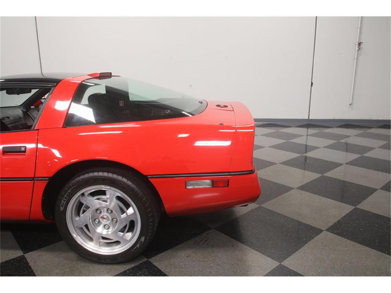 Large Picture of '90 Chevrolet Corvette located in Lithia Springs Georgia - MZ8M