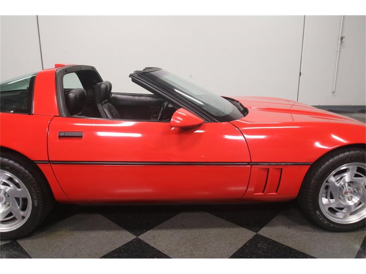 Large Picture of '90 Corvette located in Georgia Offered by Streetside Classics - Atlanta - MZ8M