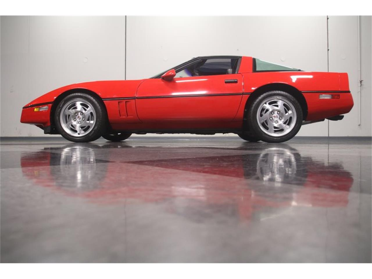 Large Picture of 1990 Corvette located in Lithia Springs Georgia Offered by Streetside Classics - Atlanta - MZ8M