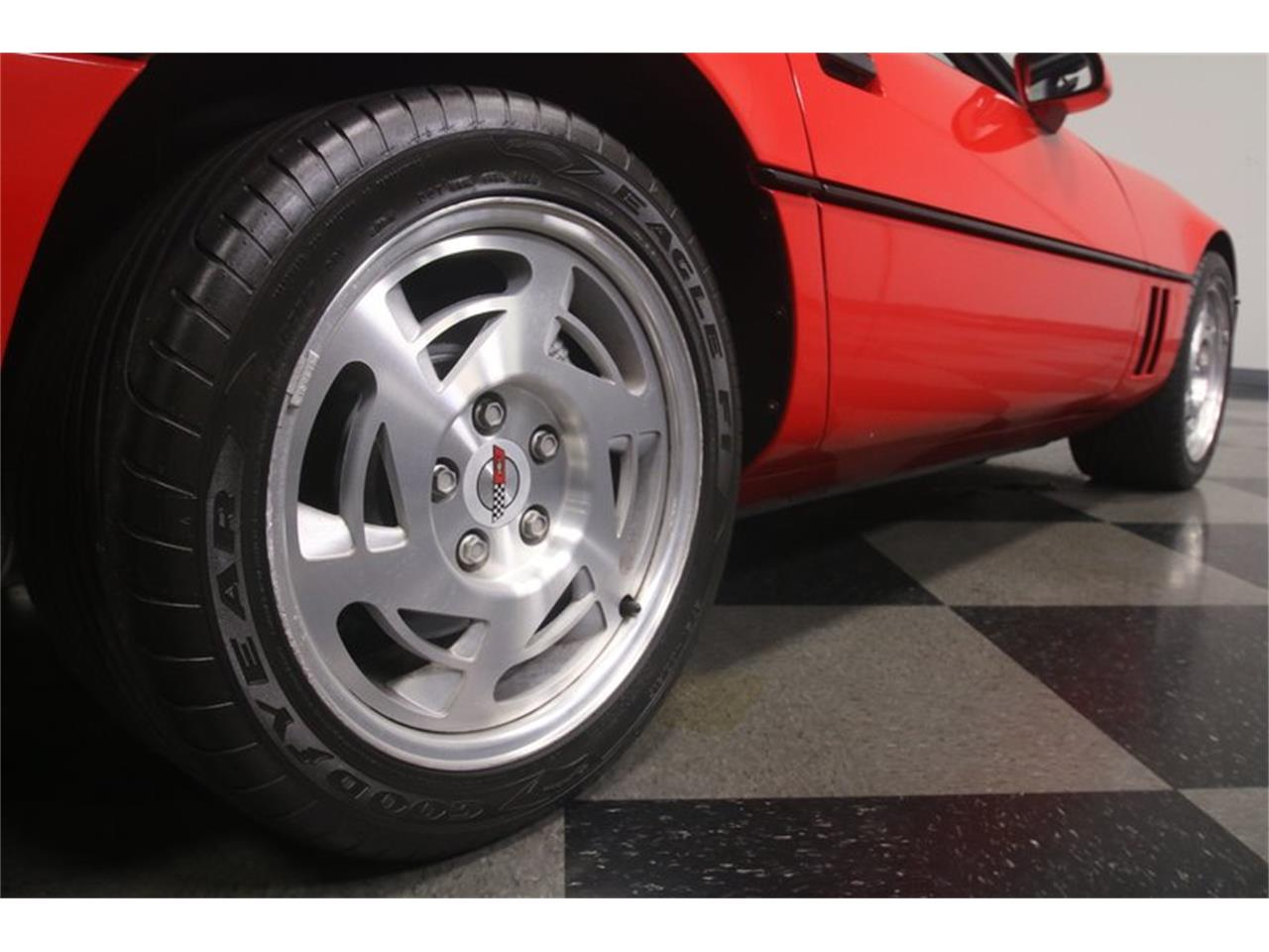 Large Picture of 1990 Corvette located in Georgia - $11,995.00 Offered by Streetside Classics - Atlanta - MZ8M