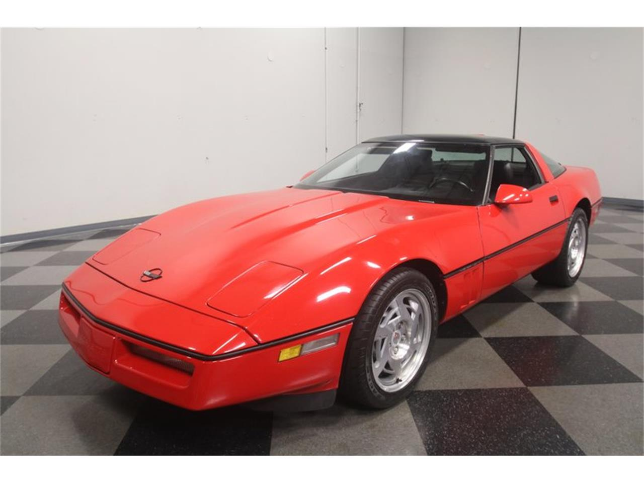 Large Picture of '90 Corvette Offered by Streetside Classics - Atlanta - MZ8M