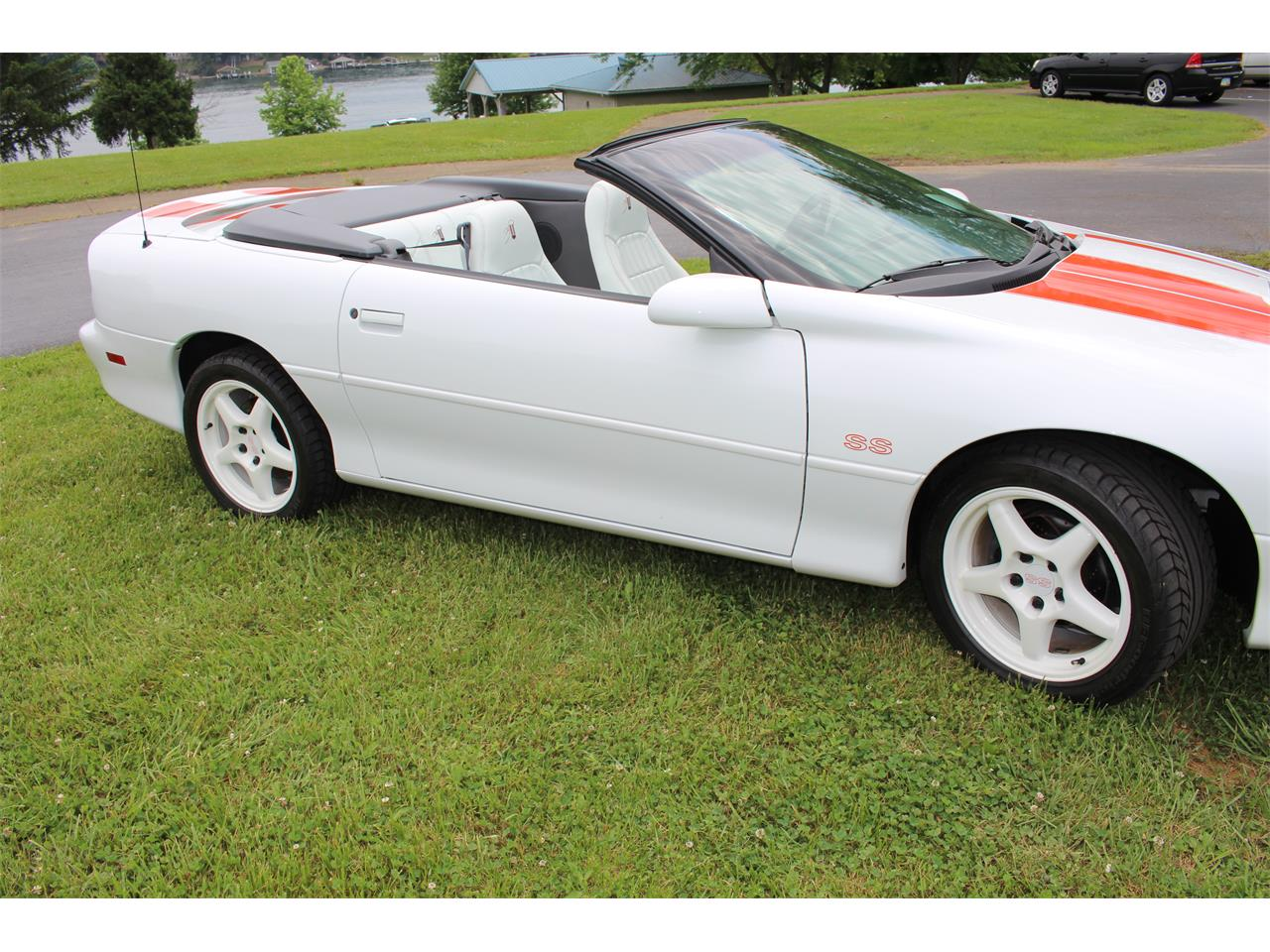 Large Picture of '97 Camaro RS/SS - MZ9G