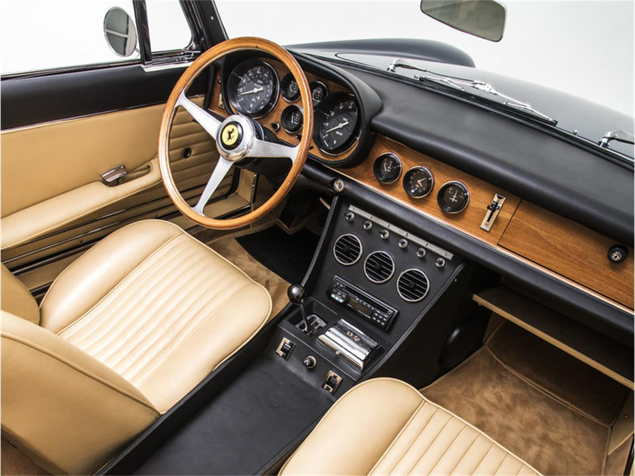 Large Picture of '68 Ferrari 330 GT Auction Vehicle Offered by Morris and Welford - MZA4
