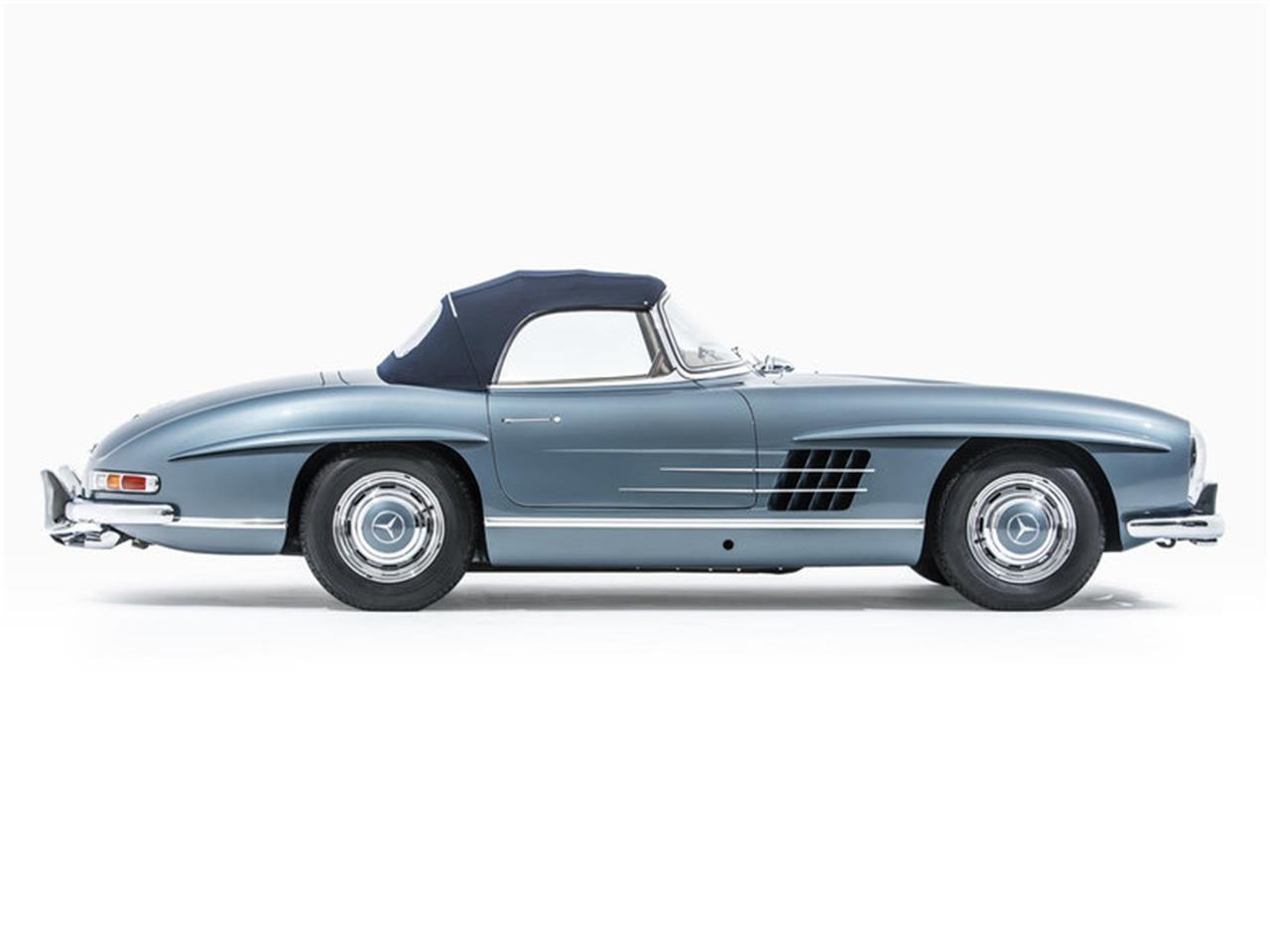 Large Picture of '58 Mercedes-Benz 300SL located in California Auction Vehicle Offered by Morris and Welford - MZA8